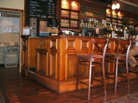 Traditional bar in oak